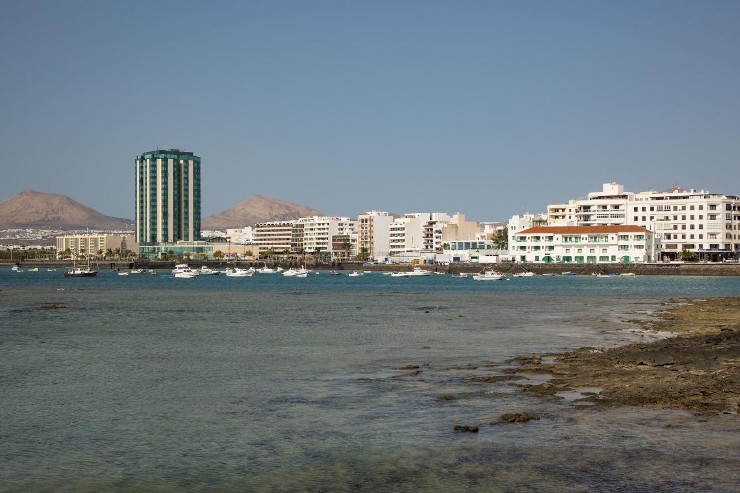 Arrecife ziet er al wat meer stads uit